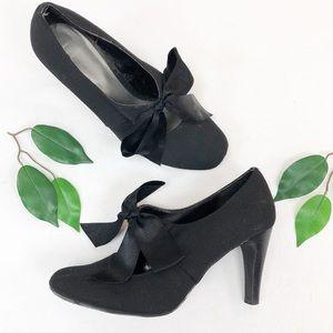 Ann Marino black BOW heels 7.5